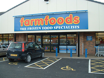 shopfitting_farmfoods2